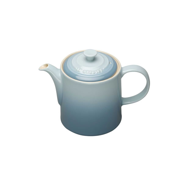 le creuset grand teapot coastal blue buy le creuset grand teapot coastal blue online. Black Bedroom Furniture Sets. Home Design Ideas