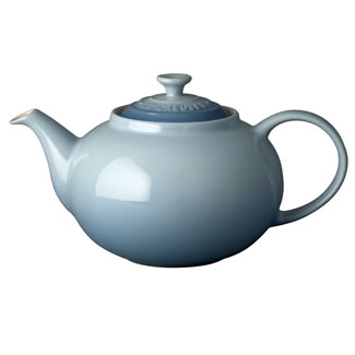 New Le Creuset Classic Teapot - Coastal Blue