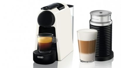 Delonghi Nespresso Essenza Mini White Coffee Machine & Aeroccino3