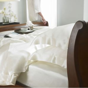 Gingerlily 100% Silk Ivory Fitted Sheet - Superking