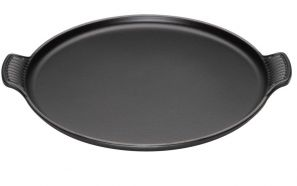 Le Creuset Cast Iron Pizza Plate - Black