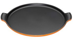 Le Creuset Cast Iron Pizza Plate - Volcanic