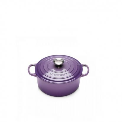 Le Creuset Signature 24cm Round Casserole - Ultra Violet