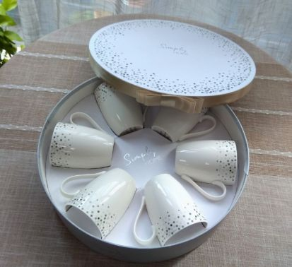 Simply Home Hat Box Set of 6 Mugs - Silver Dot