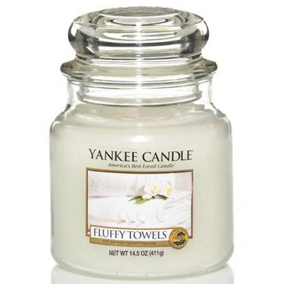 Yankee Candle Medium Jar Fluffy Towels