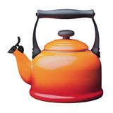 Le Creuset Traditional Whistling Kettle - Volcanic