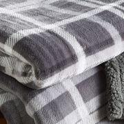Behrens Printed Sherpa Throw Grey Check 130x180cm 2